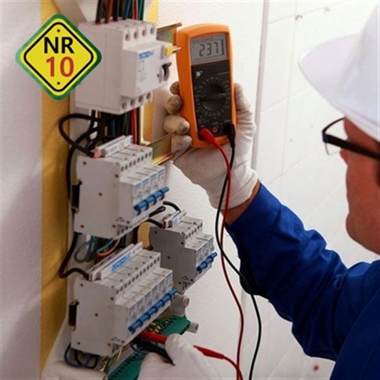 NR10 - Segurança em Instalações e Serviços com Eletricidade - Formação